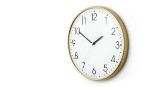   x1   Disley Wall Clock, Polished Brass  RRP £29   MAD-CLKDSL001ZBS-UK   (W40-41-4) 1C