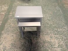 NEST OF 2 GREY TABLES