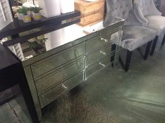 MIRRORED 6 DRAWER CHEST (DAMAGE ON SIDE)