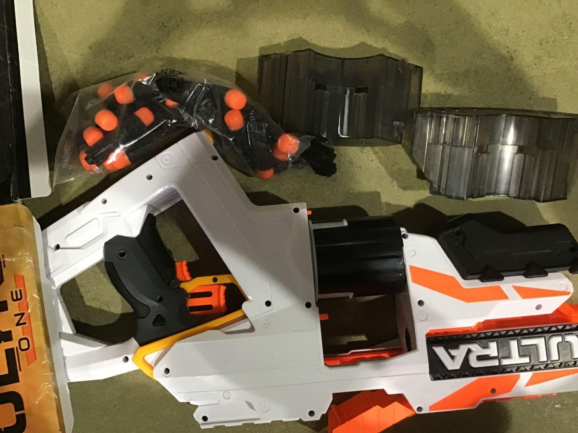 Nerf Ultra One Motorised Blaster, £50.00 RRP - Image 3 of 4