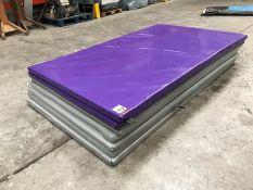 5no. Grey & 2no. Purple Plastic Coated Floor Matts