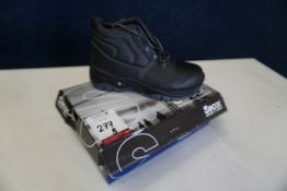 Secor CRAZY S3-nero, Size 41 Shoes, Lot is Located Main Building, Room: Kitchen Stores Outbuilding