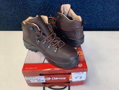 Chiruca Moor Walker Gore Tex Hiking Boots, Size: 42, RRP: £130.00