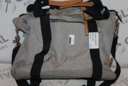 Bababing Grey Fabric Easy Clean Changing Bag, RRP£50.00 (RET00395657) (Public Viewing & Appraisals