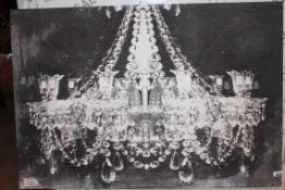 Large Chandelier Canvas Wall Art Picture RRP £220 (Public Viewing and Appraisals Available)