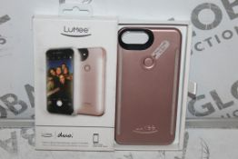 Lot to Contain 2 Iphone 7 Lumee Professional Lighting Phone Cases Combined RRP £70