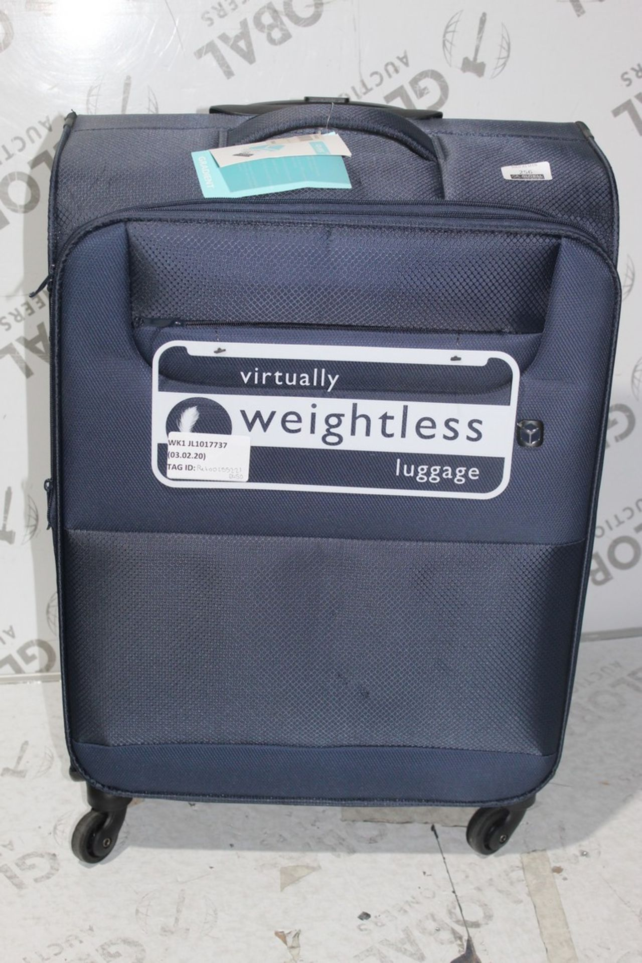 Lot 256 - Cubed Gradient Softshell 360 Wheeled Suitcase, RRP£45.00 (RET00255221) (Public Viewing and