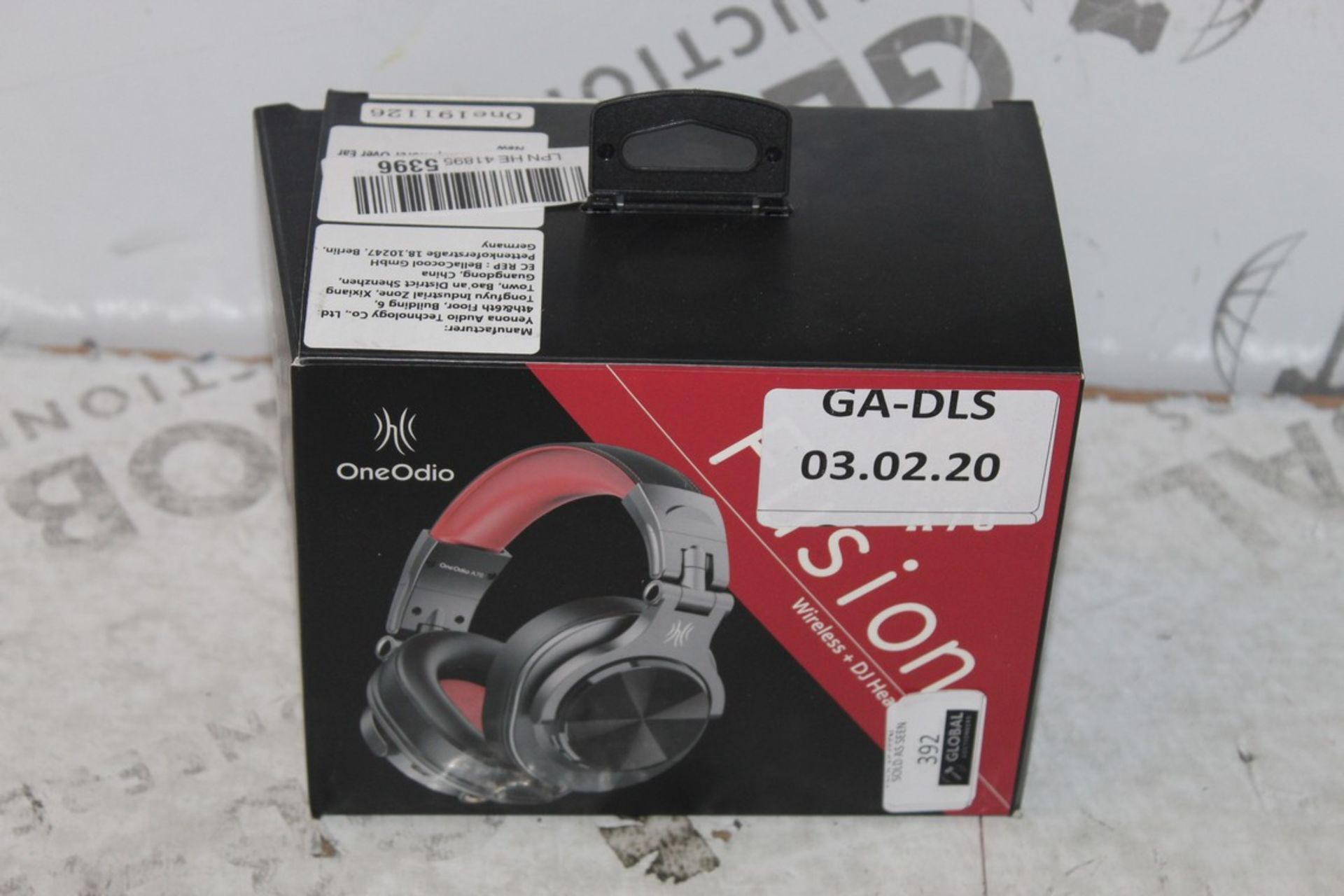 Lot 392 - Boxed Pairs of Fusion OneOdio Wireless & DJ Headphones in Red & Black RRP £35 (Appraisals