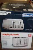 Lot to Contain 2 Assorted Morphy Richards Vector 4