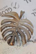 Boxed Minstra Leaf Metal Leaf Ornament RRP £60 (18