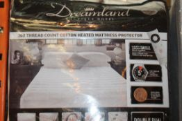 Lot to Contain 2 Dreamland Boutique Hotel Double D
