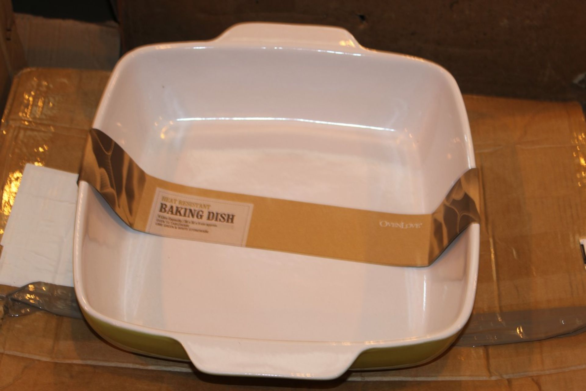 Lot 338 - Boxed Heat Resistance Oven Love Lining Baking Dish RRP £50 (13660) (Pictures For Illustration