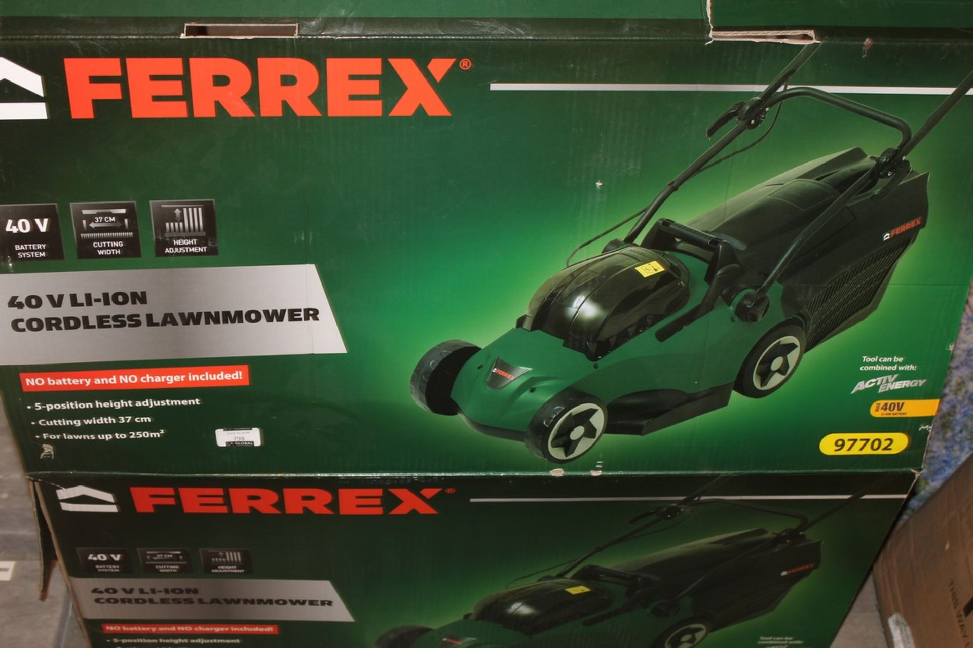 Lot 798 - Boxed Ferrex 40 Volt Lithium Iron Cordless Lawnmower RRP £80 (Pictures Are For Illustration