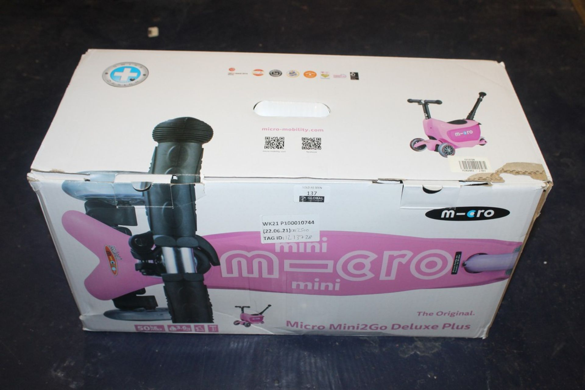Lot 137 - Boxed Mini Micro Original Mini To Go Deluxe Scooter RRP £125 (1213728) (Pictures Are For