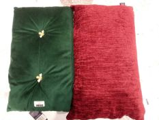 Lot to contain 2 paoletti scatter cushions