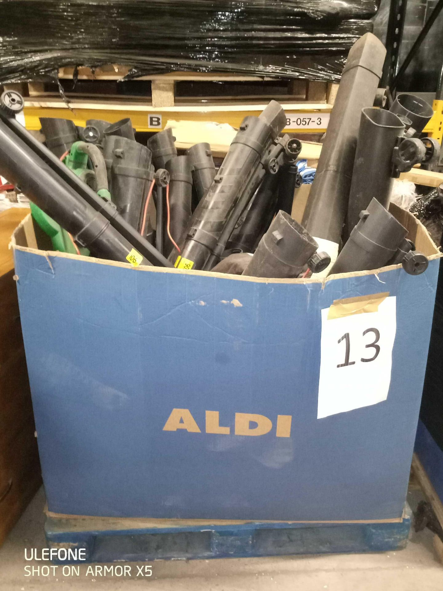 RRP 600 Pallet Of Unboxed Ferrex And Gardenline Leaf Blowers - Image 2 of 2
