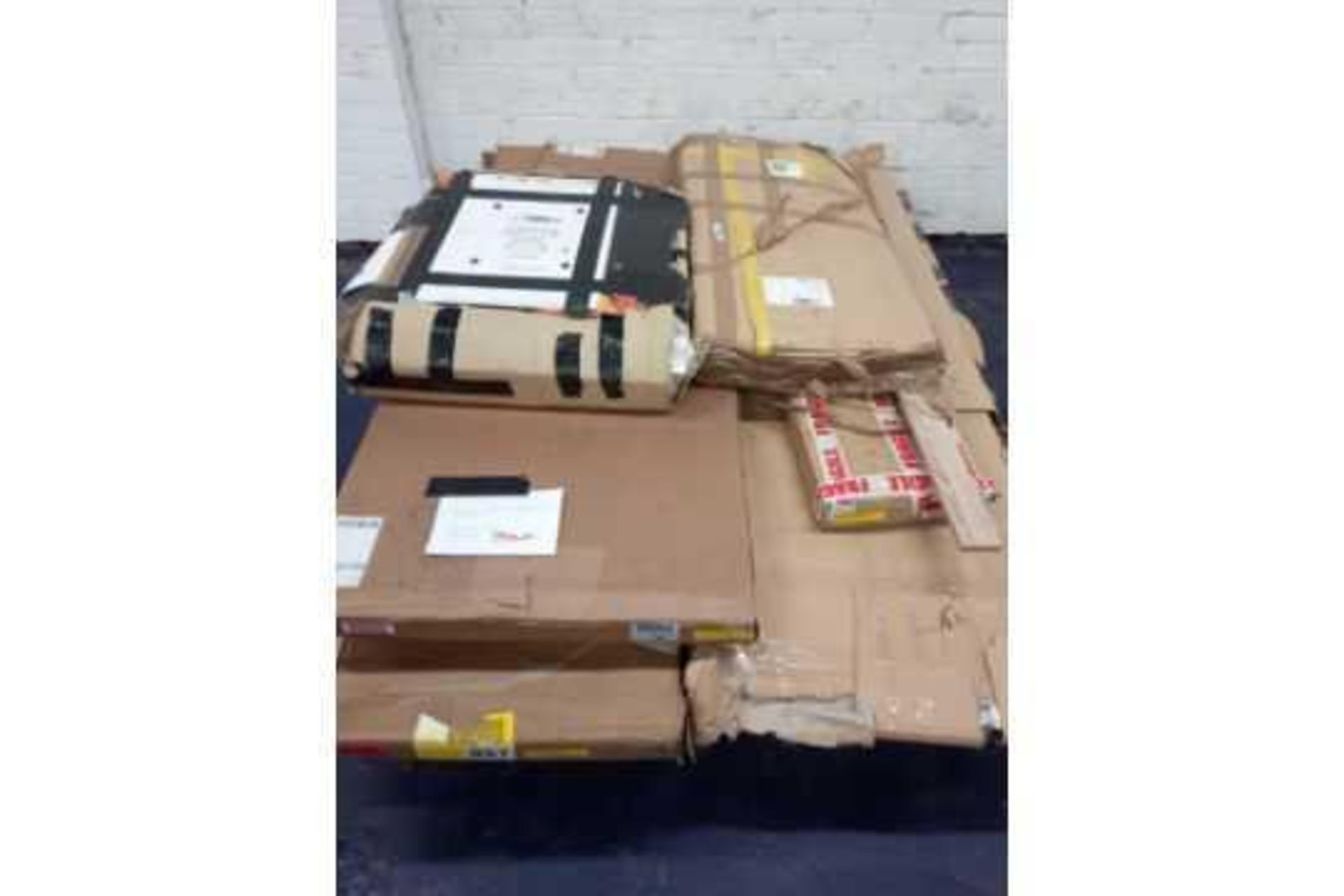 RRP £500 Pallet Of Incomplete Wardrobe Parts - Image 2 of 2