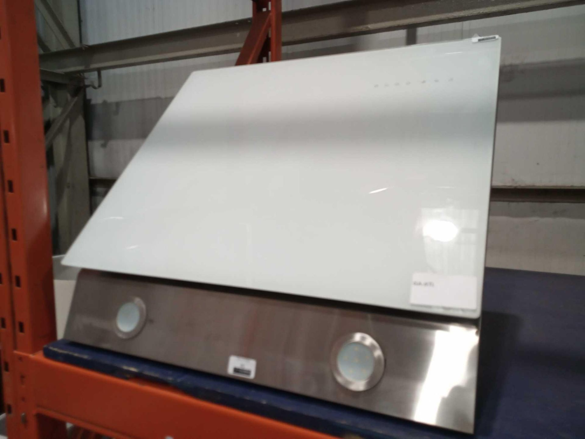 Lot 45 - RRP £80 Unboxed 60Cm White Glass Hood