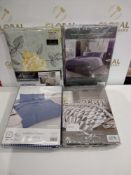 Rrp £170 Lot To Contain 4 Assorted King-Size Duvet Sets Include A Dream Scene Billy Geometric Grey D