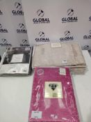 Rrp £160 Lot To Contain Three Assorted Items To Include 98 X 90 In Ed Luxury Drapes Pink Crushed Vel