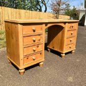 RRP £200 Boxed Solid Pine 8 Drawer Dressing Table