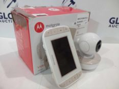 RRP £85 Boxed Motorola Mbp44 4Digital Video Baby Monitor Set With A 4.3 In Colour Screen And Two-Way