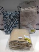 Combined RRP £150 Lot To Contain 3 Assorted Soft Furnishings Items
