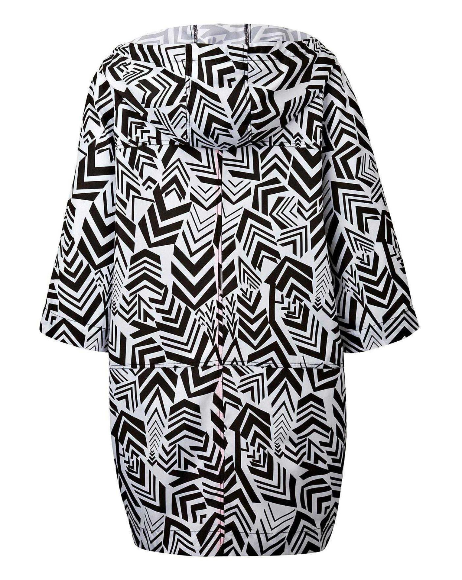 Rrp £750 Lot To Contain 30 Brand New Bagged/Tagged Women'S Size 12/14 Black And White Geo Printed - Image 3 of 4