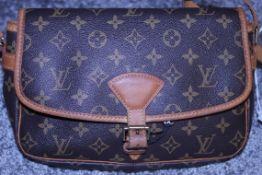 RRP £1,200 Louis Vuitton Sologne Shoulder Bag, Brown Monogram Canvas, 26X16X8Cm, (Production Code