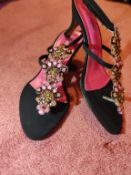 Black and multi colour size 6/5 shoes. Brand new unworn.