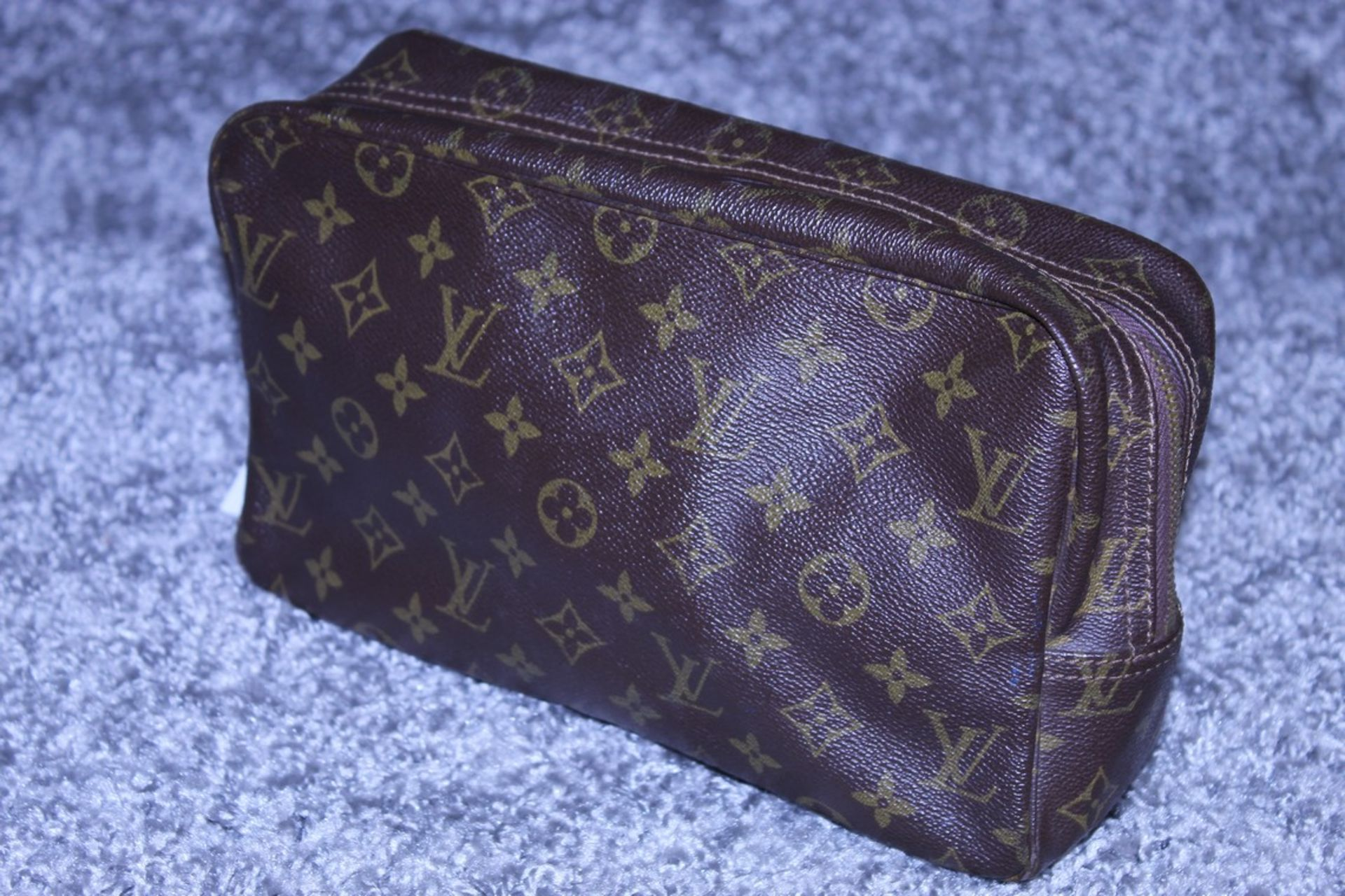 RRP £520 Louis Vuitton Toiletry Pouch, Brown Coated Canvas (Production Code 821) Condition Rating - Image 3 of 4