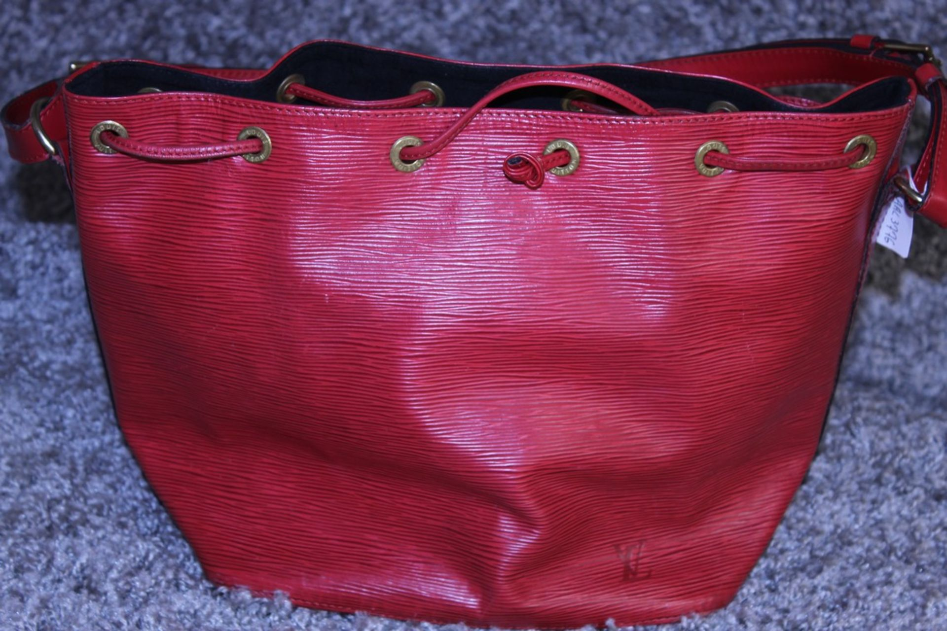 RRP £925 Louis Vuitton Noe Shoulder Bag, Red Epi Calf Leather,Red Leather Handles, (Production