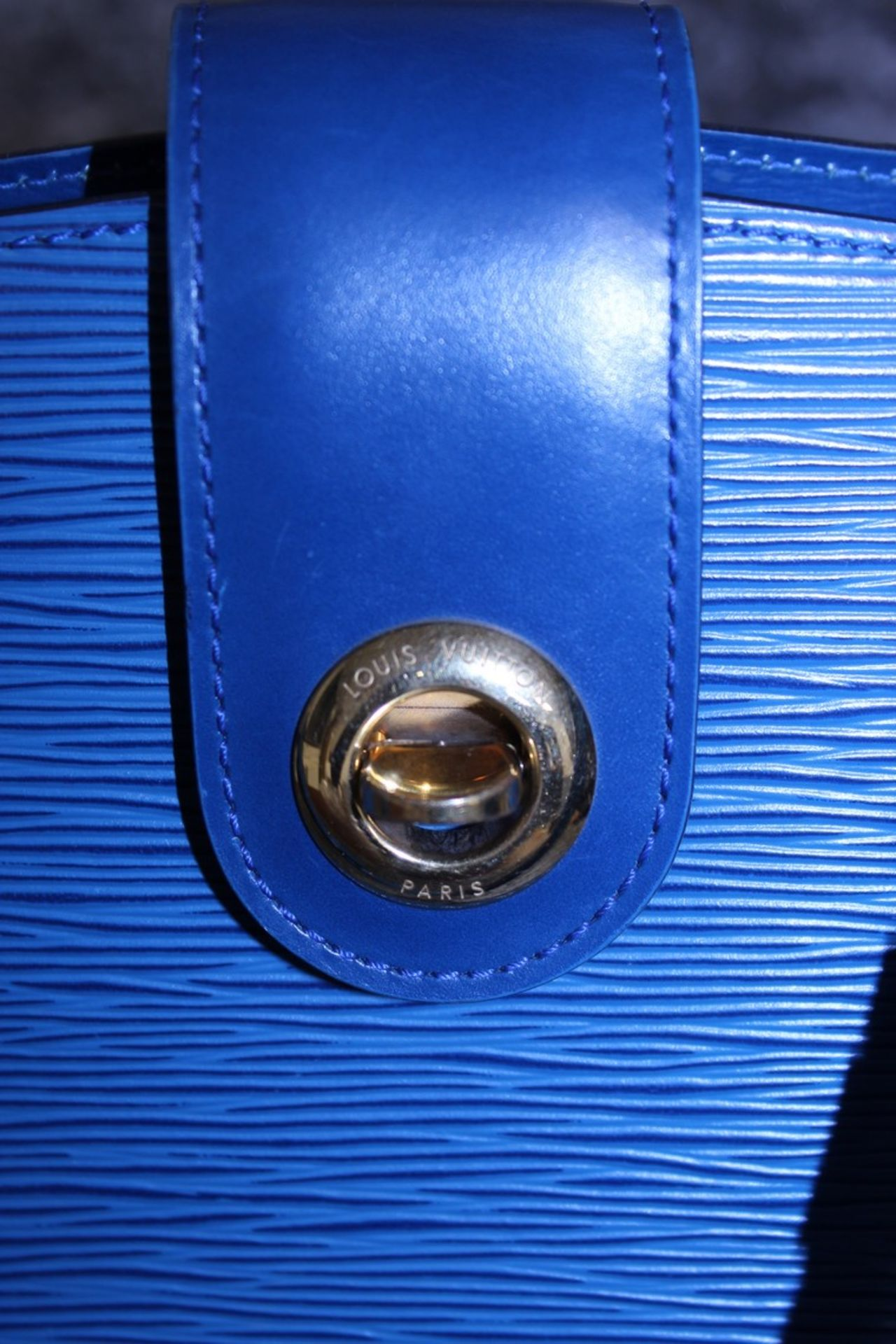 RRP £1,500 Louis Vuitton Cluny Blue Calf Leather Shoulder Bag With Blue Leather Handles, - Image 4 of 5