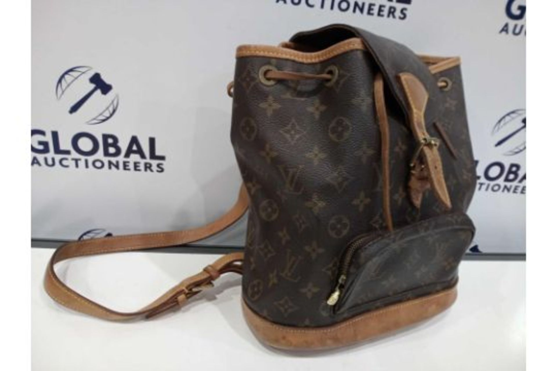 RRP £1800 Louis Vuitton Montsouris Brown Coated Monogram Canvas Vachetta Golden Brass Shoulder