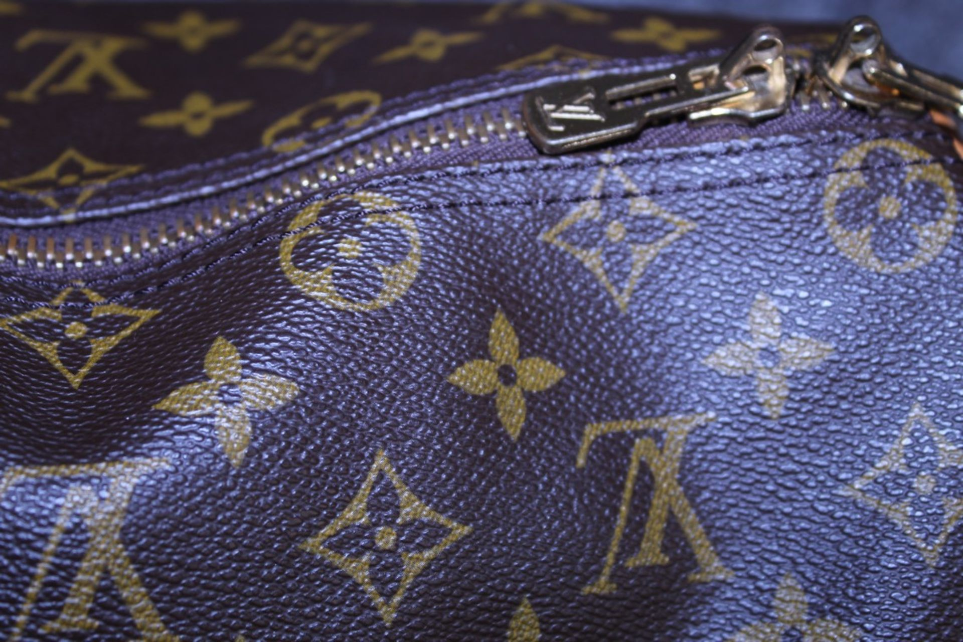 RRP 2,000 Louis Vuitton Keepall 50 Bandouliere Shoulder Bag, Brown Coated Canvas Monogram, - Image 5 of 6