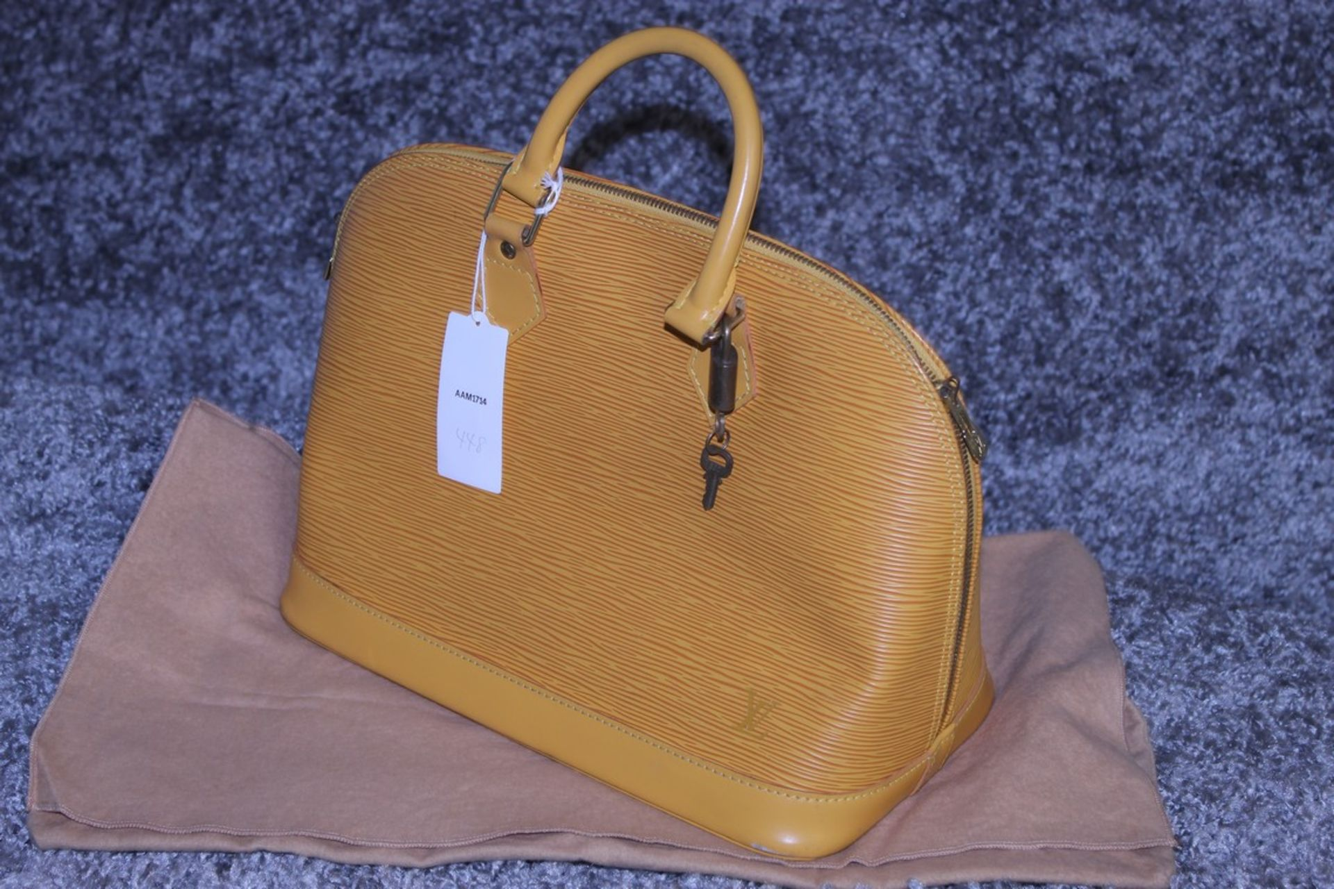 RRP £1,700 Louis Vuitton Alma Yellow Calf Epi Leather Handbag, Complete With Cadena, Keys & Dust Bag - Image 3 of 4
