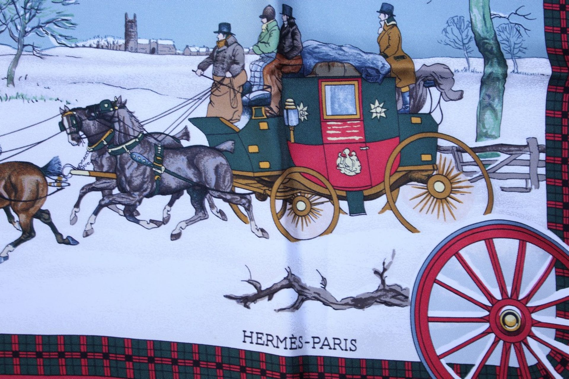 RRP £680 Hermes 100% Twill Silk Scarf , L'Hiver En Poste By Philippee Ledoux, 90X90Cm, Condition - Image 3 of 4