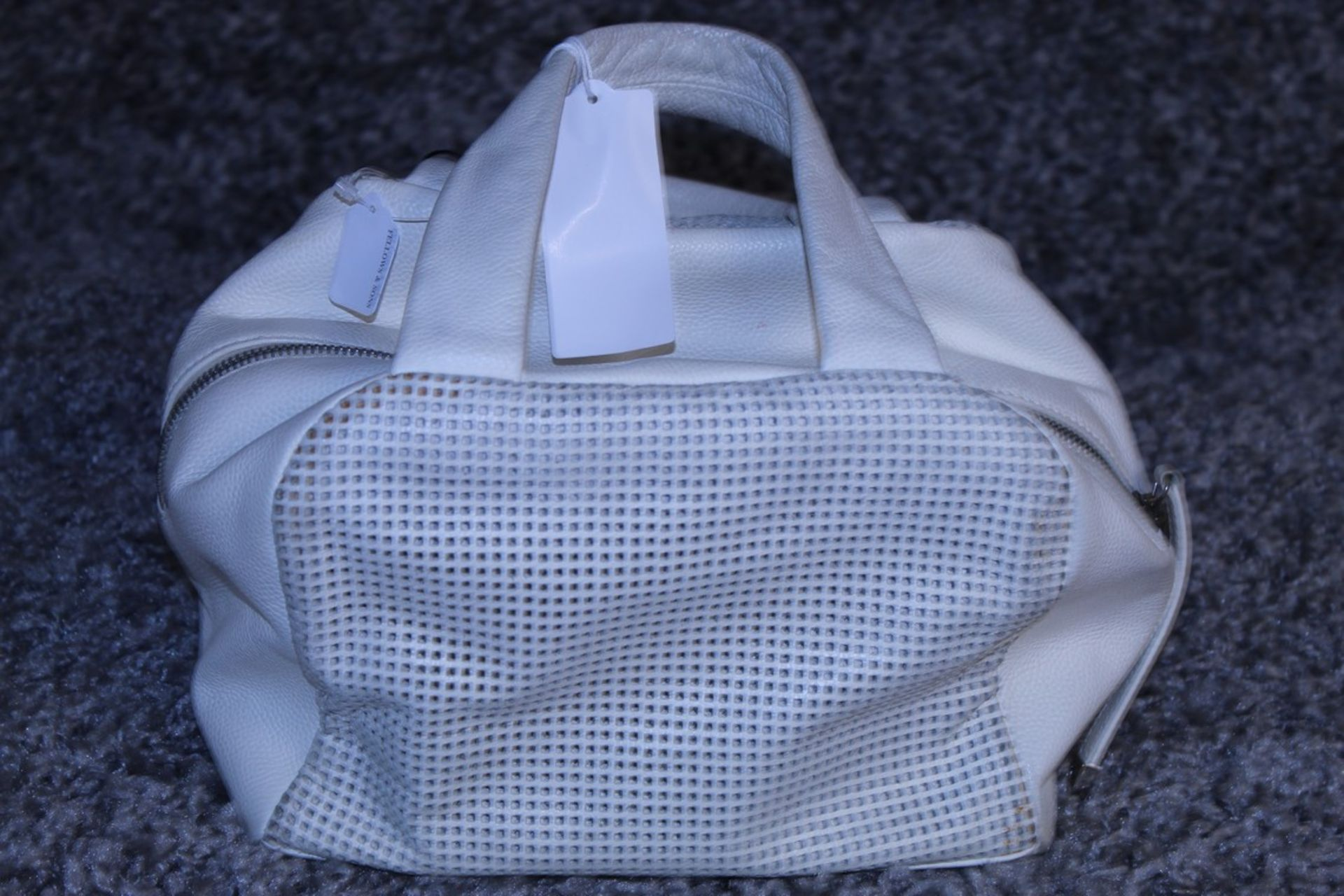 RRP £1700 Chanel Perforated Chain Shoulder Bag In Calf Leather Ivory With Gold Chain Handles ( - Image 3 of 4