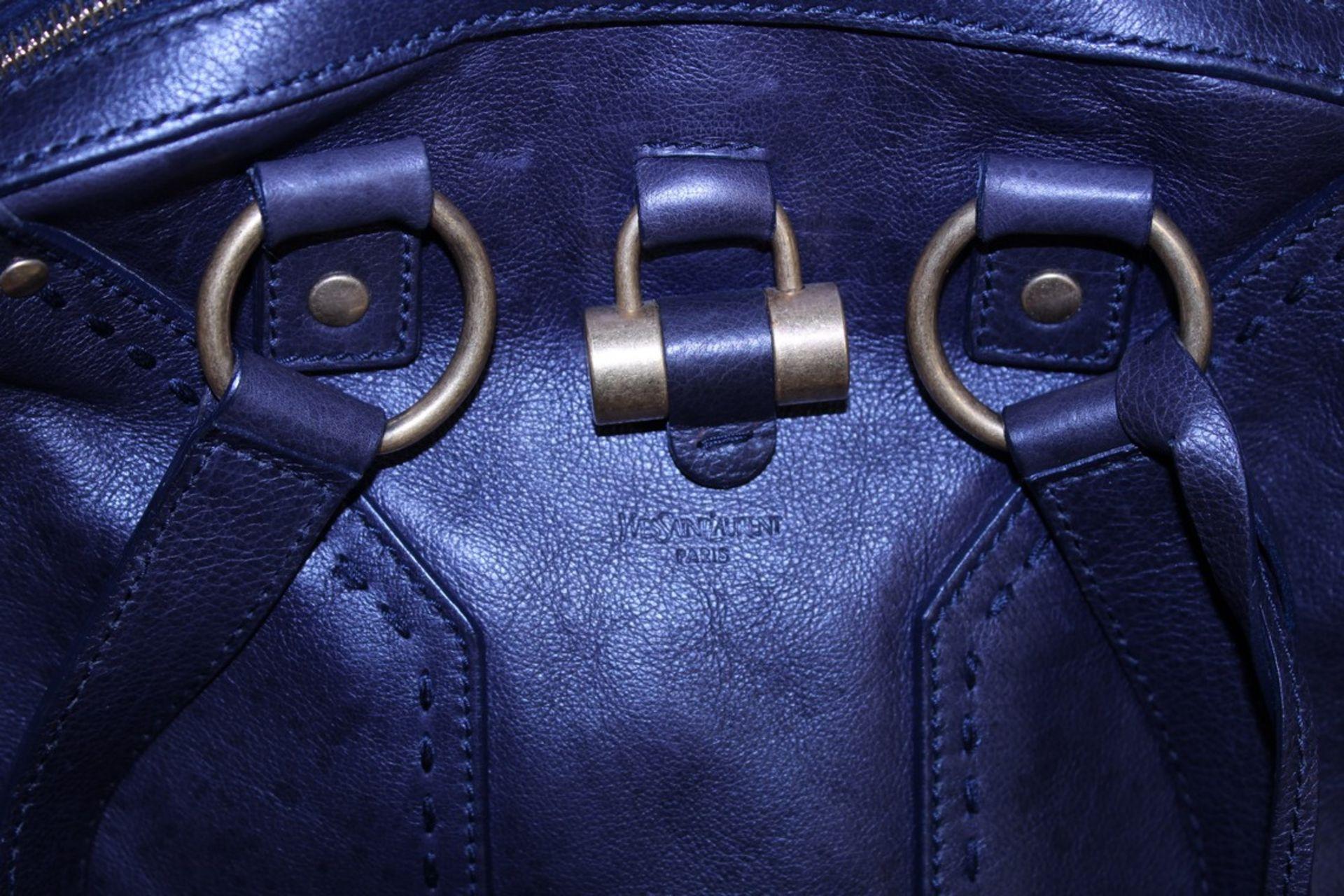 RRP £1,000 Yves St-Lauren Muse 1 Shoulder Bag, Indigo Small Grained Calf Leather Shoulder Bag, ( - Image 3 of 5