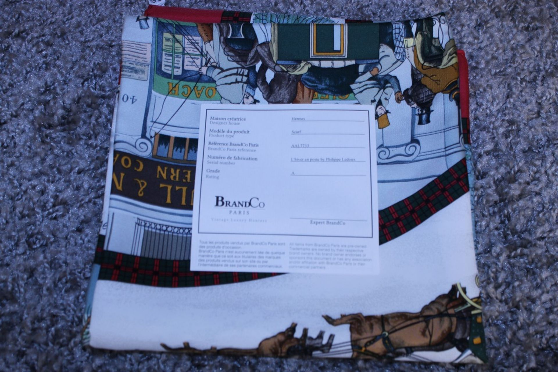 RRP £680 Hermes 100% Twill Silk Scarf , L'Hiver En Poste By Philippee Ledoux, 90X90Cm, Condition - Image 4 of 4
