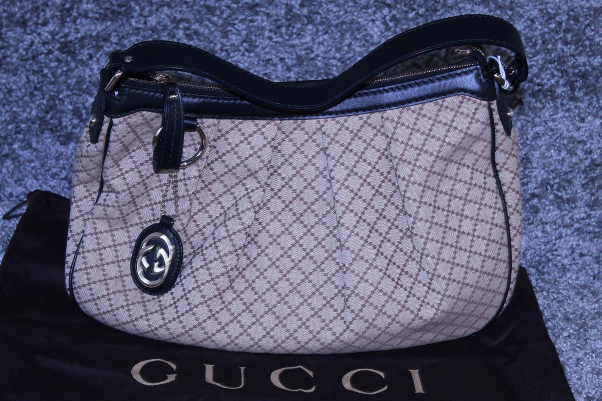 RRP £1,500 Gucci Sukey Medium Shoulder Bag, Beige/Black Diamante Canvas, 37.5X26X10Cm (Production - Image 2 of 4