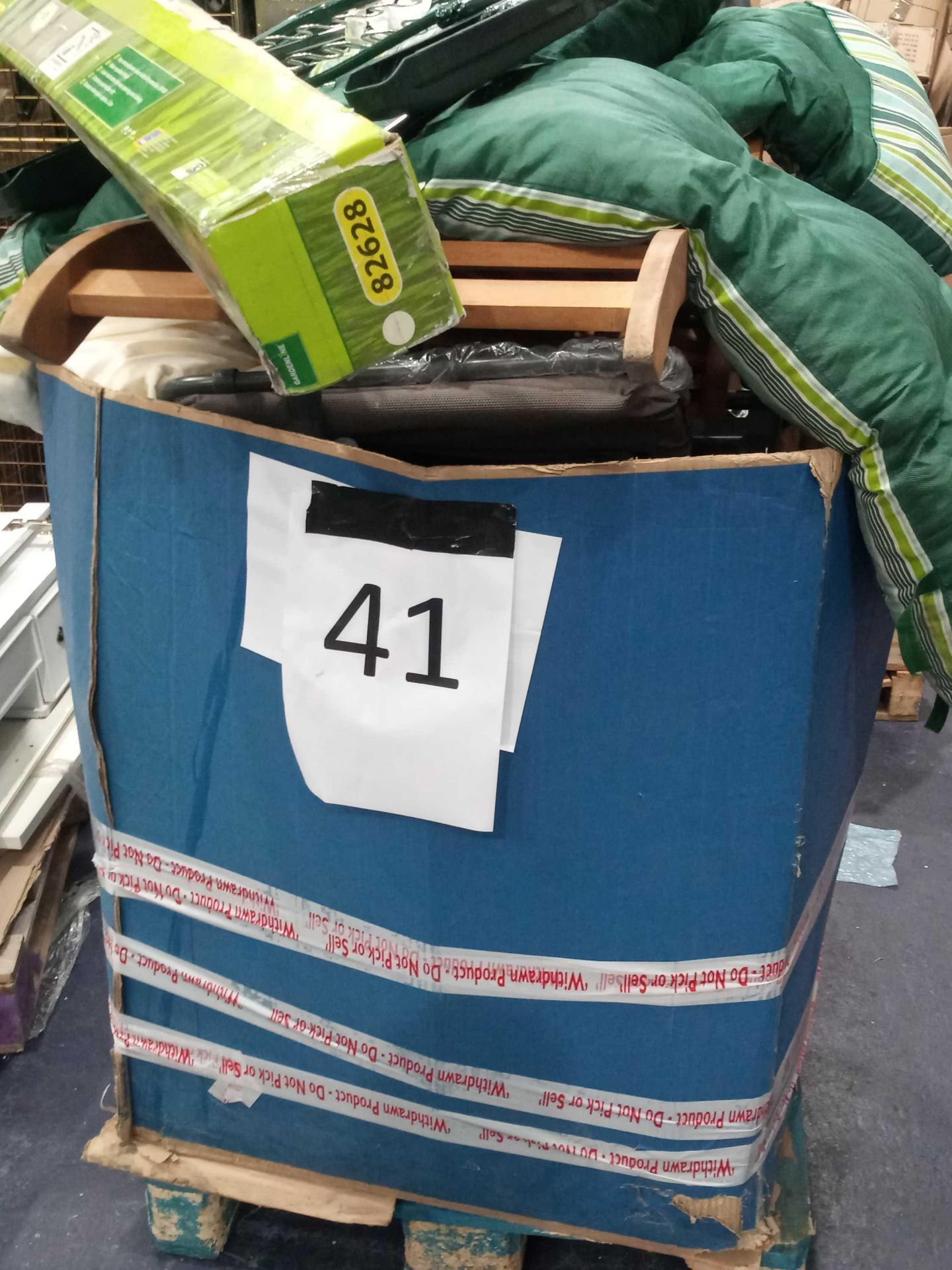 Pallet To Contain A Large Assortment Of Items To Include Aluminium Parasols, Garden Folding