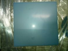 RRP £900 Pallet To Contain 90 Brand New Packs Of 44 Johnson's Yk1304 Satin Dove Grey Tiles (