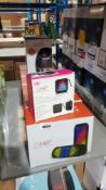 8 ITEMS – 6 X HE 900 PREMIUM WIRELESS SPEAKER WITH LED LIGHTSHOW, 1 X HE LANTERN FLAME SPEAKER & 1 X