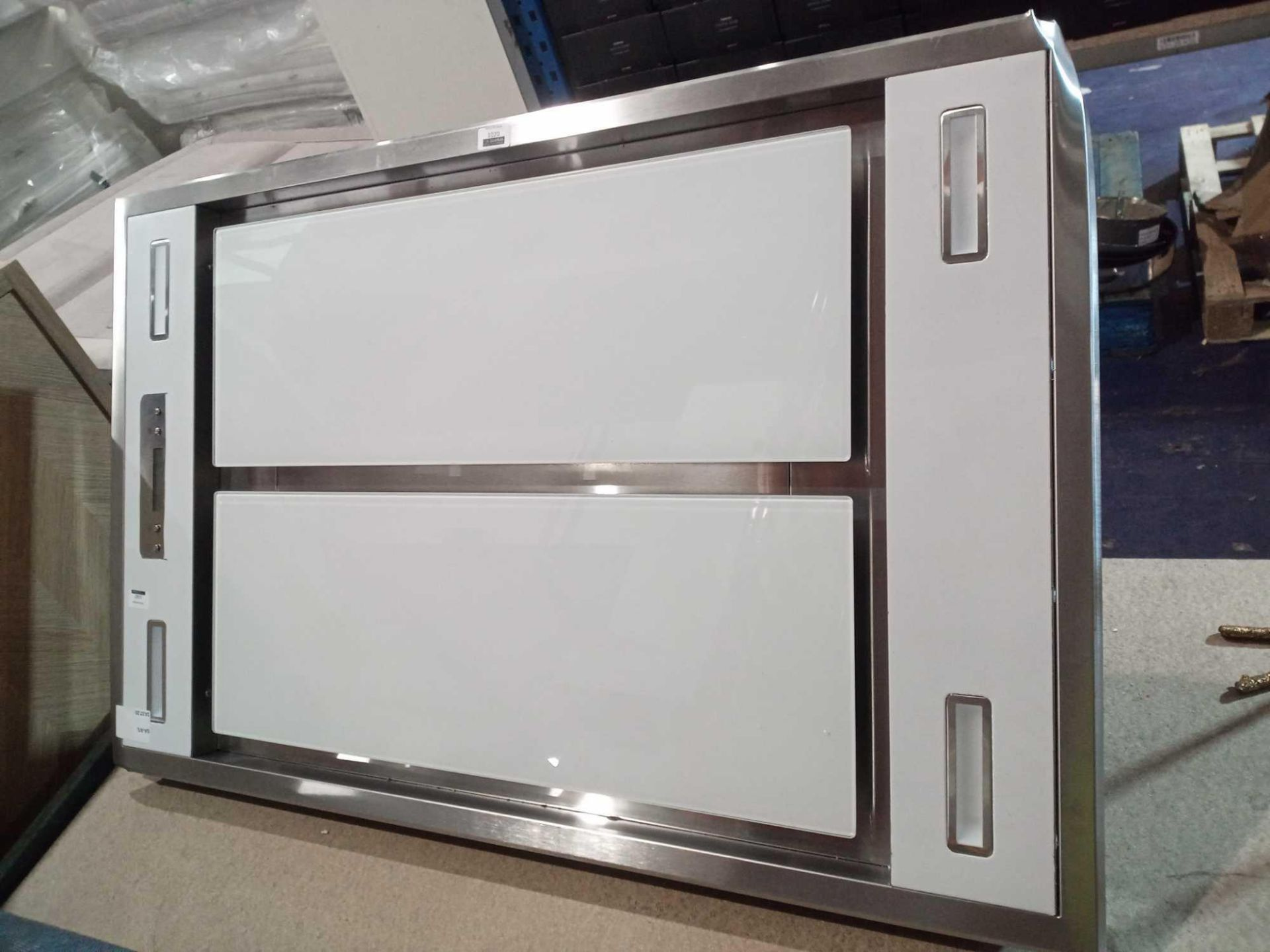RRP £150 Unboxed Large White Tempered Glass Oven Cooker Fan Hood