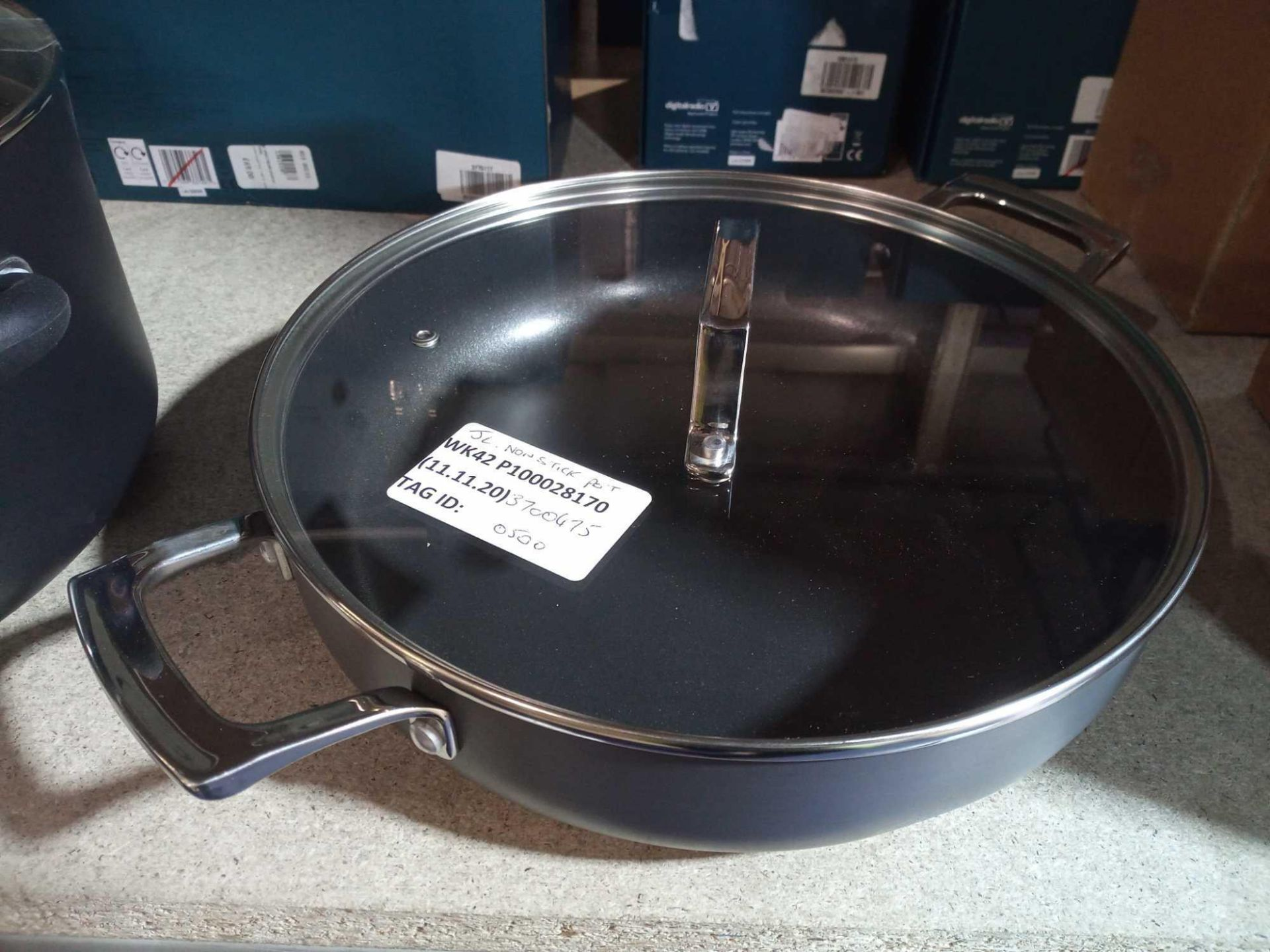 RRP £50 Each Unboxed Assorted John Lewis Kitchen Items To Include John Lewis Non-Stick Pots And Clas