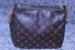 RRP £1900 Louis Vuitton Looping Handbag In Brown Coated Monogram Canvas . Condition Rating B (