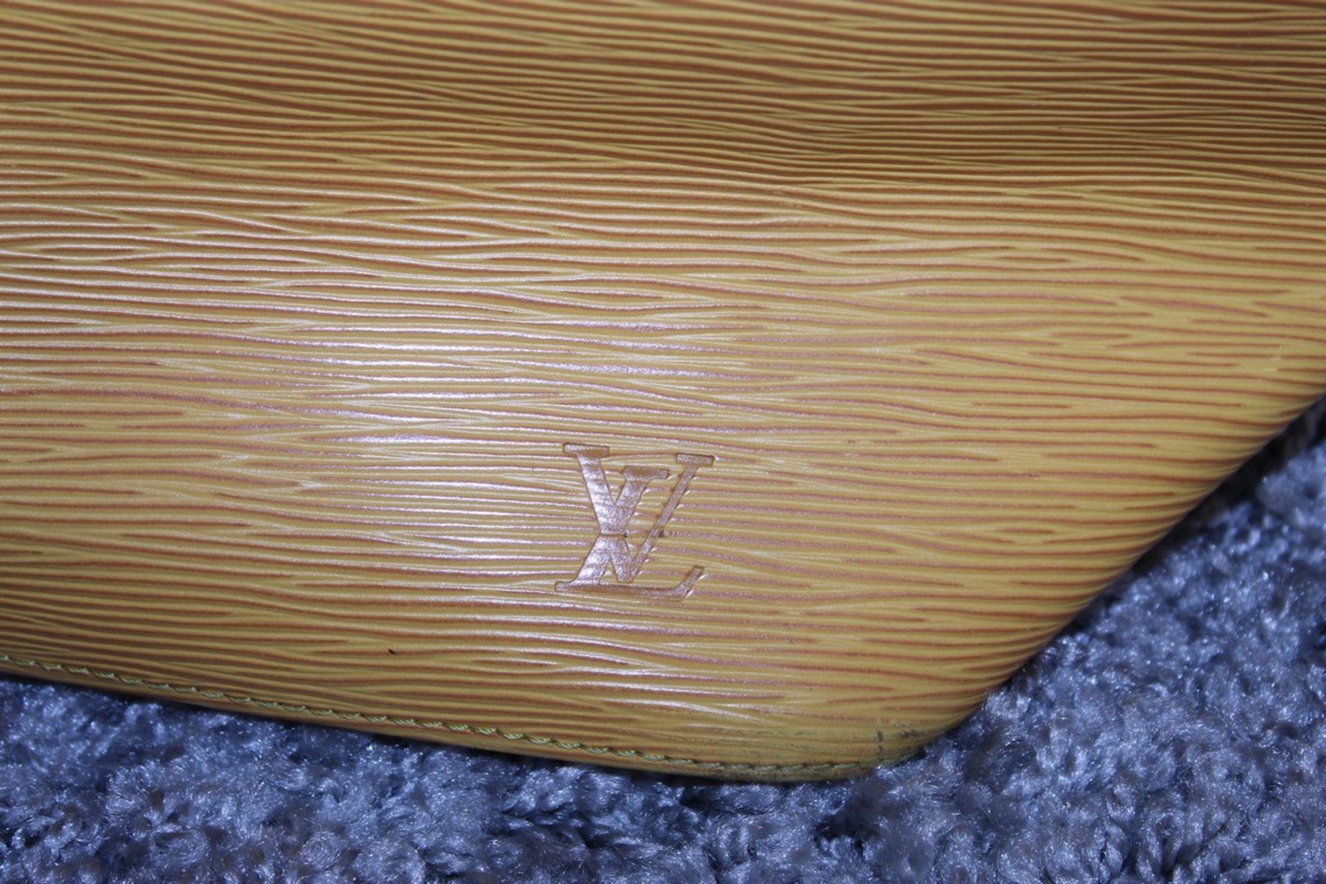 RRP £1,200 Louis Vuitton Noe Yellow Shoulder Bag, Epi Yellow Calf Leather 24X26X18Cm (Production - Image 2 of 3