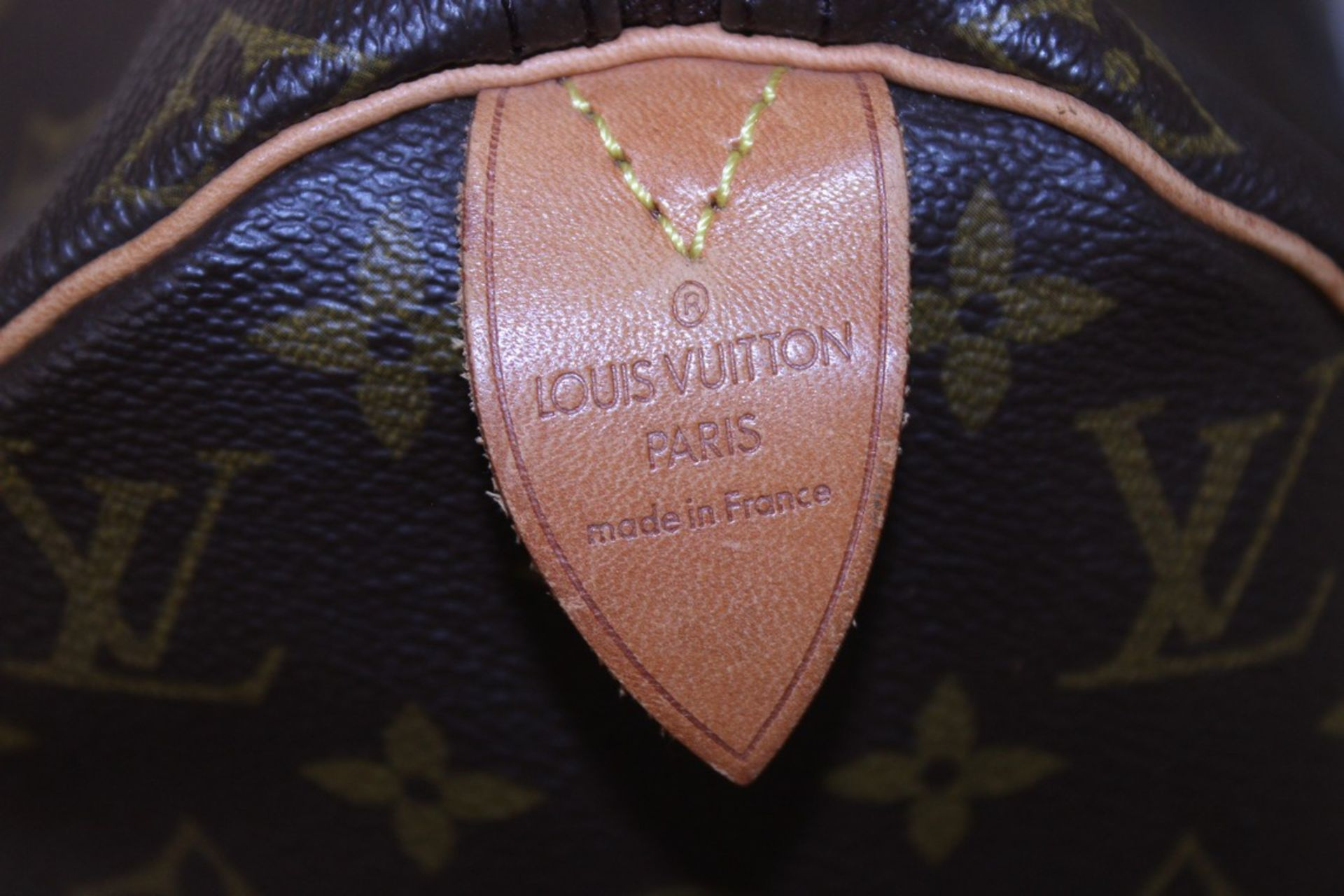 RRP £1,160.00 Made From Classic Monogram Canvas, The Speedy 40 Is A Stylish Handbag For Both - Image 4 of 6