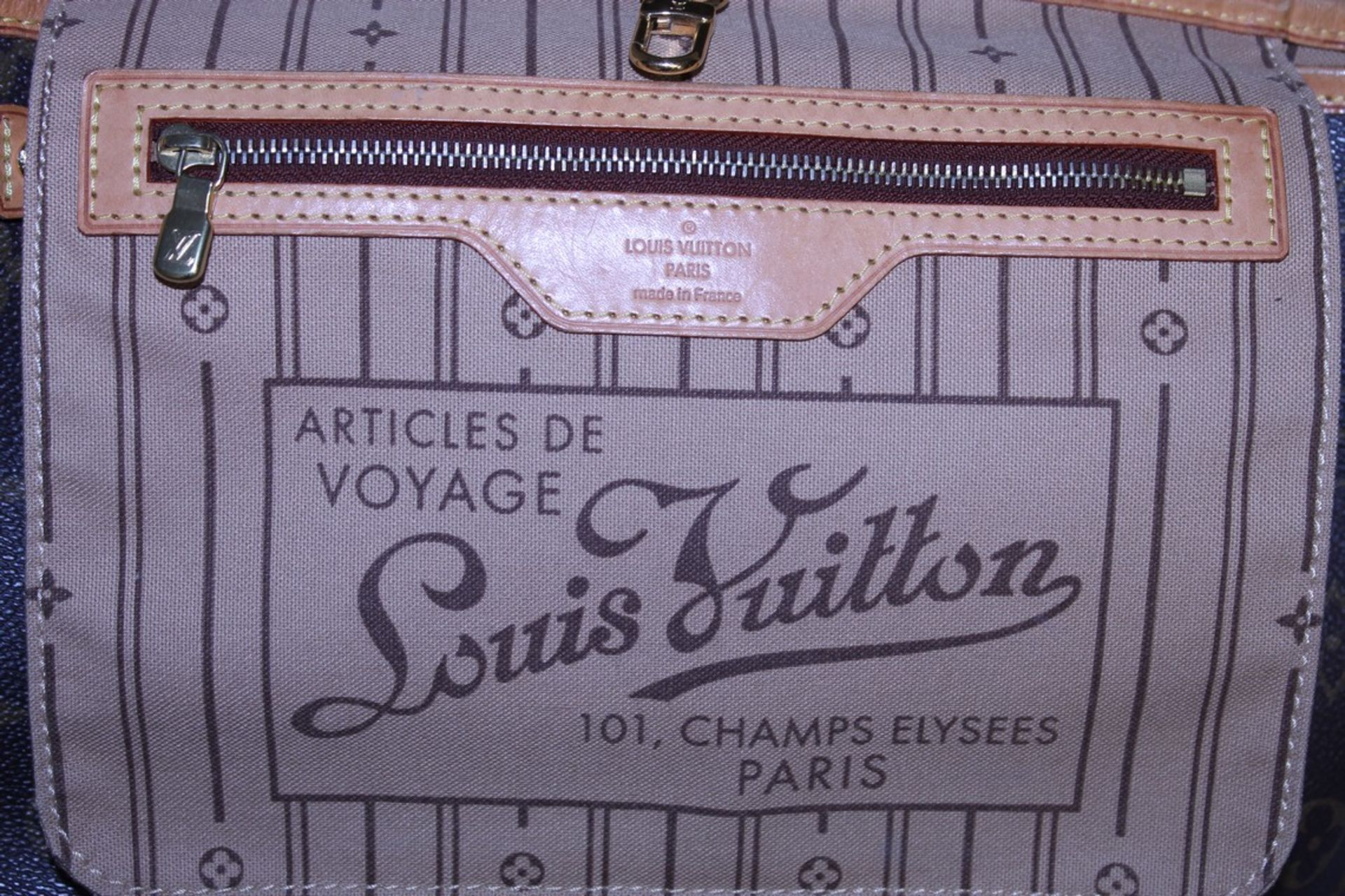 RRP £1,500 Louis Vuitton Neverfull Shoulder Bag, Brown Coated Monogram Canvas, 29X22X13Cm, ( - Image 3 of 3